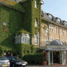 Фасад Best Western Connaught