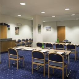 Конференц-зал Holiday Inn Express FOLIGNO