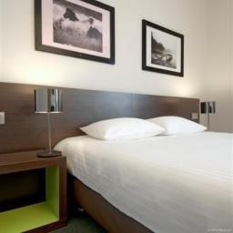 Room Kyriad Orly Aeroport