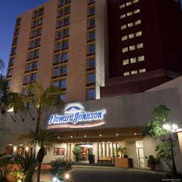 Außenansicht Howard Johnson Plaza Hotel Las Torres