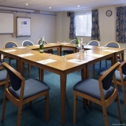 Sala de reuniones JCT.13 Holiday Inn Express STAFFORD M6