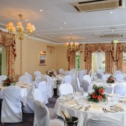 Sala de banquetes Coulsdon Manor Hotel and Golf Club