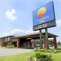 Exterior view Comfort Inn Windsor