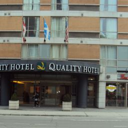 Фасад Quality Hotel Downtown