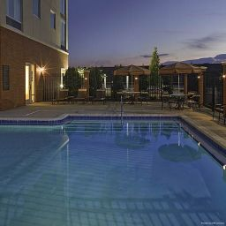 Piscina Hyatt Place El Paso Airport