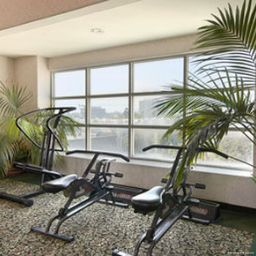 Wellness/fitness area Days Inn Santa Monica/Los Angeles