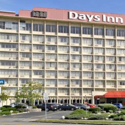 Vista esterna Days Inn Niagara at the Falls