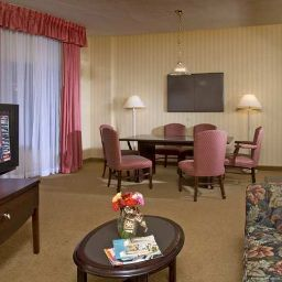 Embassy Suites Alexandria - Old Town