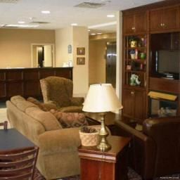 Hall Comfort Inn & Suites Dayville
