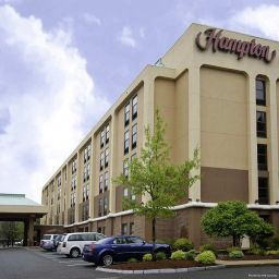Фасад Hampton Inn Boston - Marlborough