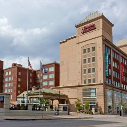 Exterior view Hampton Inn - Suites Buffalo-Downtown
