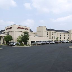 Exterior view Hampton Inn Mt Airy