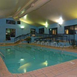 Piscina Quality Inn & Suites Biltmore South