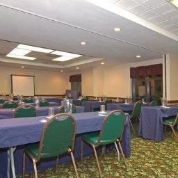 Sala de reuniones Quality Inn & Suites Biltmore South