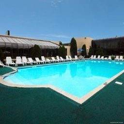 Piscine Quality Inn Meadowlands