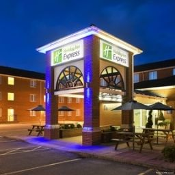 Vista esterna Holiday Inn Express SOUTHAMPTON - WEST