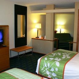 Room Fairfield Inn & Suites Cleveland Avon