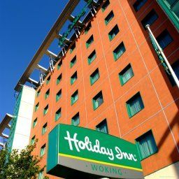 Vista exterior Holiday Inn WOKING