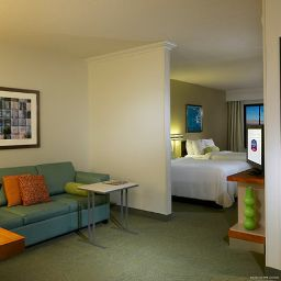 Pokój SpringHill Suites Newark Liberty International Airport