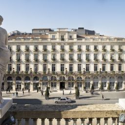 Exterior view Grand Hotel de Bordeaux & Spa