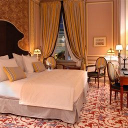 Room Grand Hotel de Bordeaux & Spa