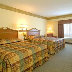 Room VA  Williamsburg East (Busch Gardens) Country Inn & Suites By Carlson