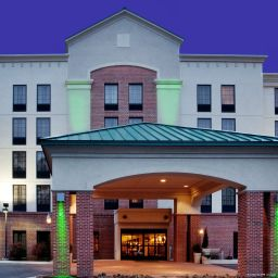 Vista exterior Holiday Inn Hotel & Suites NEWPORT NEWS
