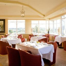 Restaurant BEST WESTERN PLUS Windmill Village Hotel Golf & Leisure Club Allesley