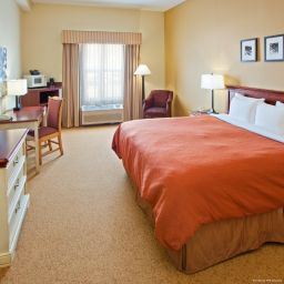 Номер TN  Chattanooga I-24 West Country Inn & Suites By Carlson
