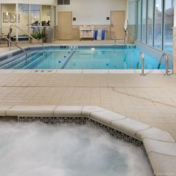 Piscine Drury Inn and Suites Atlanta AP