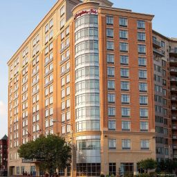 Фасад Hampton Inn Washington-Downtown-Convention Center DC