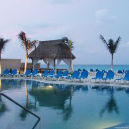 Exterior view GR Solaris Cancun All Inclusive
