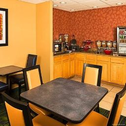 Restaurant Fairfield Inn New York LaGuardia Airport/Flushing