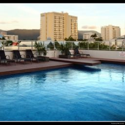 Pool Rydges Plaza Cairns