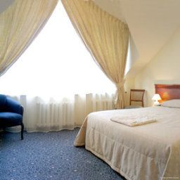 Suite Nikola House Hotel