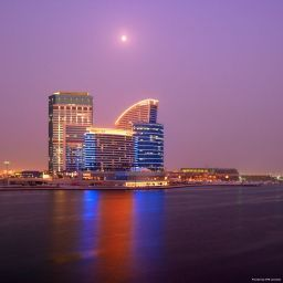Exterior view Crowne Plaza DUBAI - FESTIVAL CITY