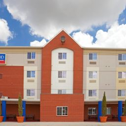 Фасад Candlewood Suites DFW SOUTH