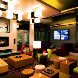 Halle Aloft Nashville West End