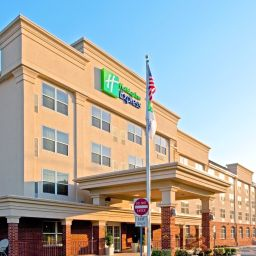 Vista esterna Holiday Inn Express WOODBRIDGE