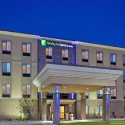 Exterior view Holiday Inn Express Hotel & Suites LINCOLN AIRPORT