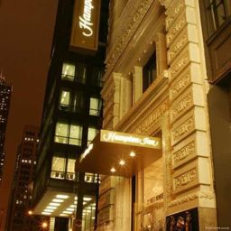 Exterior view Hampton Inn Majestic Chicago Theatre District