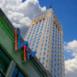 Exterior view W Minneapolis - The Foshay