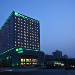 Фасад Holiday Inn BEIJING DESHENGMEN