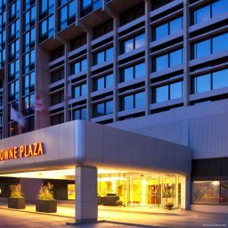 Exterior view Crowne Plaza BOSTON - NEWTON