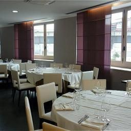 Restaurante Holiday Inn GENOA CITY