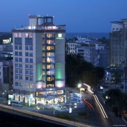 Vista exterior Holiday Inn DAR ES SALAAM CITY CENTRE