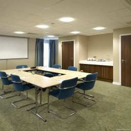 Conference room Hampton by Hilton Corby-Kettering