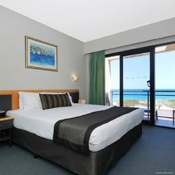 Camera Quality Resort Sorrento Beach