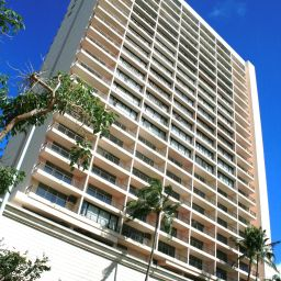 Exterior view WyndhamVR Royal Garden at Waikiki