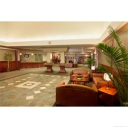 Halle Chateau Nova Hotel and Suites